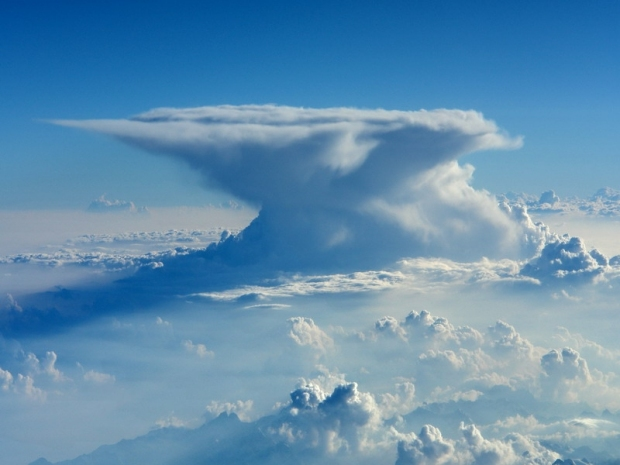 The Anvil Cloud rises above all others...